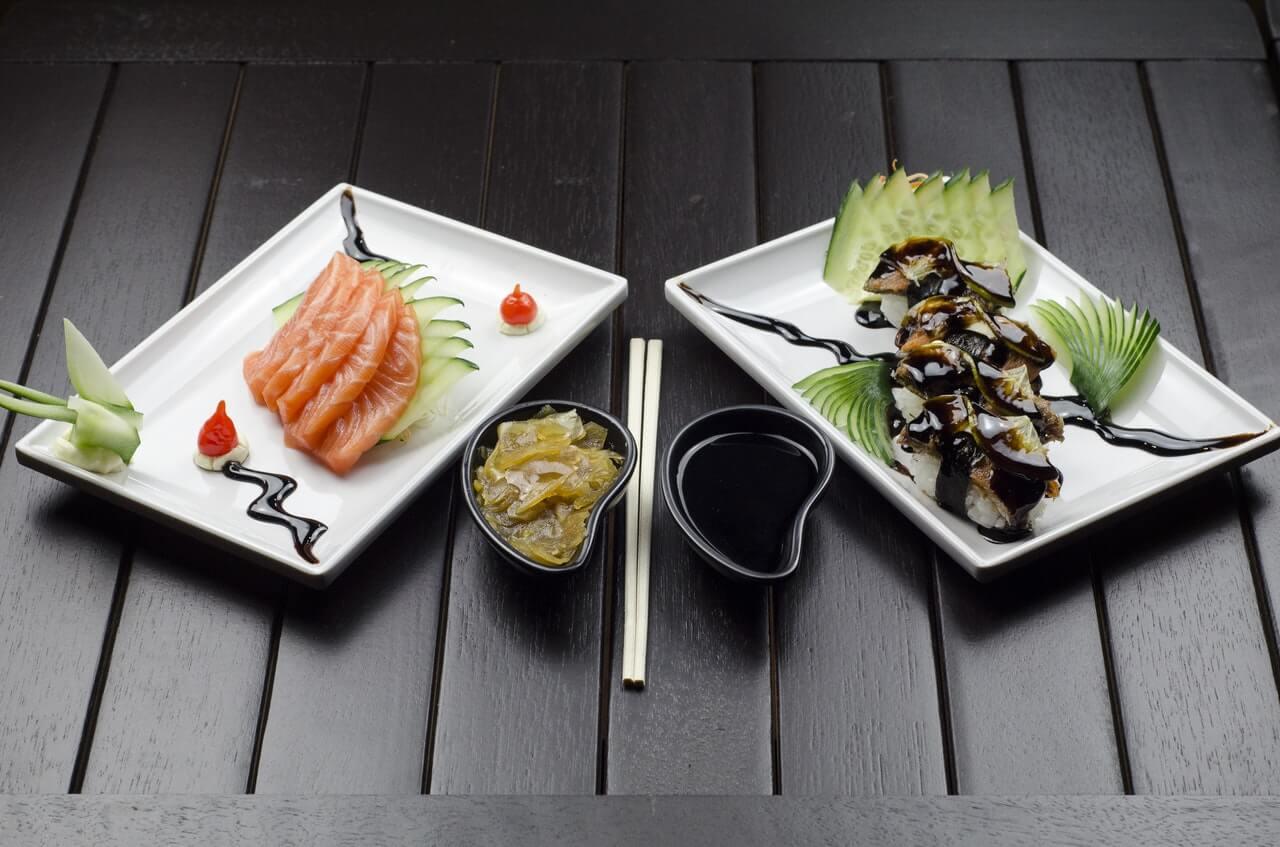 Lax-Sashimi och Unagi. Gott!